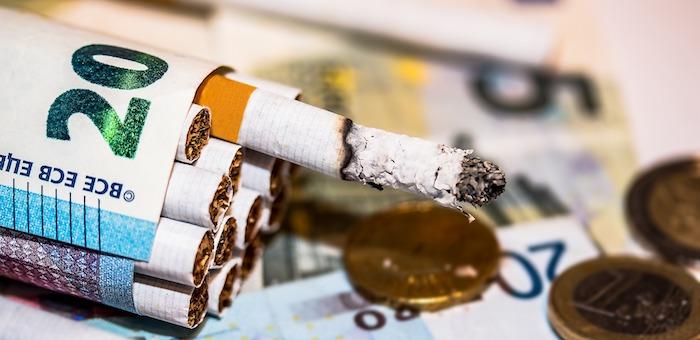 Жулики поживились на владельцах табачного бизнеса