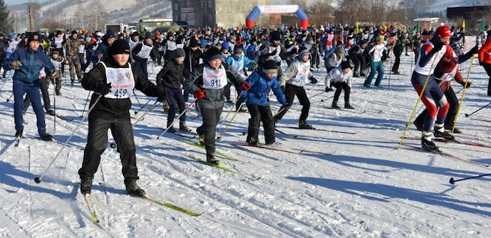 Более 1 тыс. человек приняли участие в «Лыжне России»