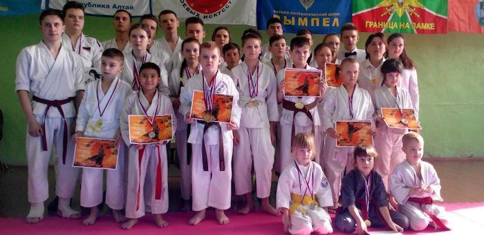 Горно-алтайские каратисты выиграли турнир в Бийске