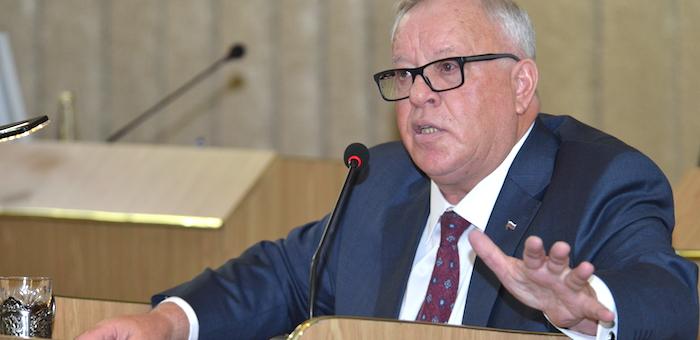 Депутаты зададут главе республики восемь вопросов