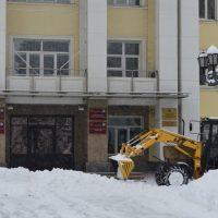 Первая декада весны. Горно-Алтайск занесло снегом (фотозарисовка)