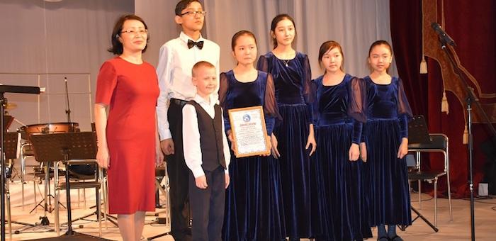 Свыше 400 детей приняли участие в конкурсе «Юные дарования»