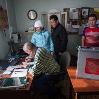 Как голосуют на выборах президента сотрудники отдаленных метеостанций. Фотозарисовка
