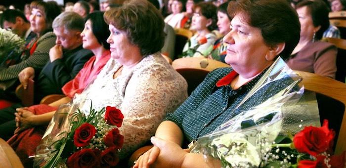 Работники культуры получили награды в свой профессиональный праздник