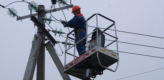 В Чойском районе устранили аварию на линии электропередачи