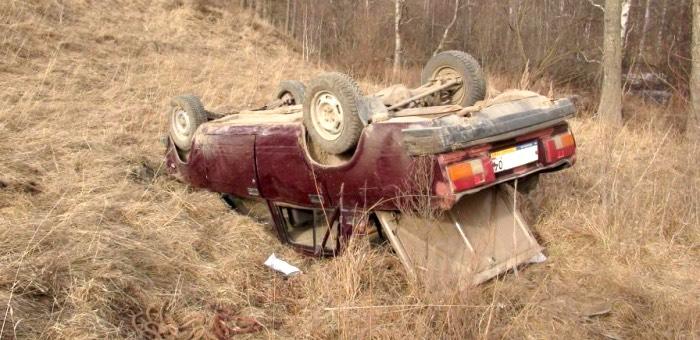 Нетрезвый водитель без прав попал в аварию на Кукуинском перевале