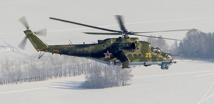 Свыше десяти военных вертолетов участвуют в учениях в горах Алтая