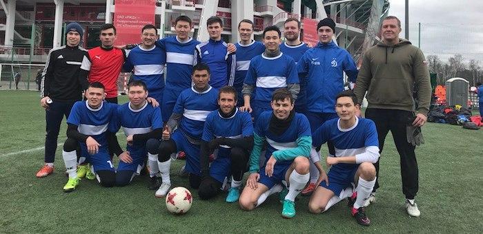 Алтайские футболисты начали участие в чемпионате землячеств в Москве с победы