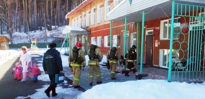 На социально-значимых объектах региона прошли пожарно-тактические занятия
