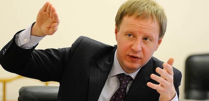 Бердников поздравил Томенко с назначением и. о. губернатора Алтайского края