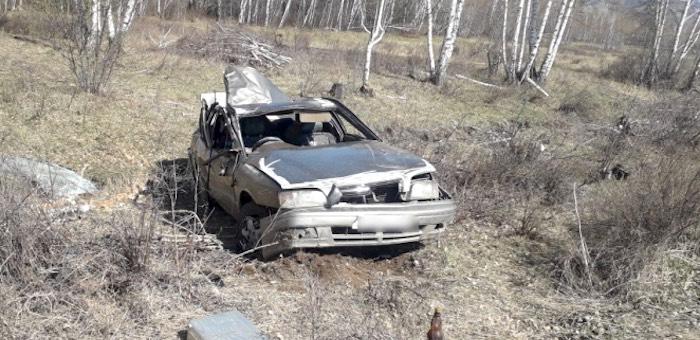 Подросток угнал машину и разбил ее