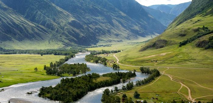 Ремонтировать дорогу в Чулышманской долине будет барнаульская фирма
