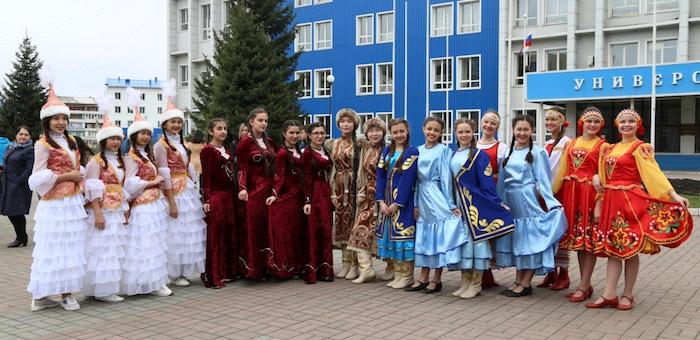 В Горно-Алтайске состоялась конференция «Республика Алтай – территория согласия»