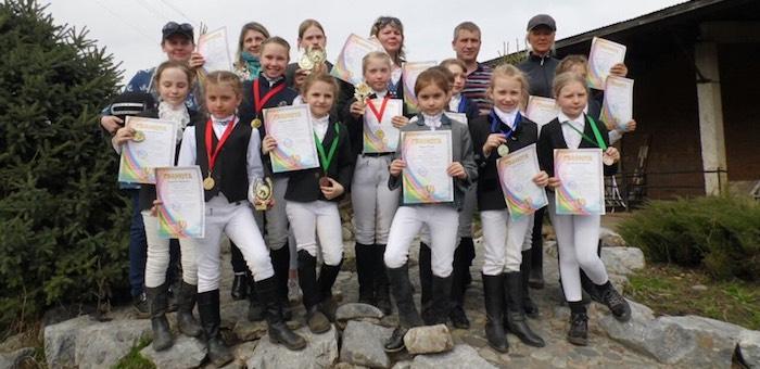 Весенний кубок мэра по выездке на лошадях и пони прошел в Горно-Алтайске