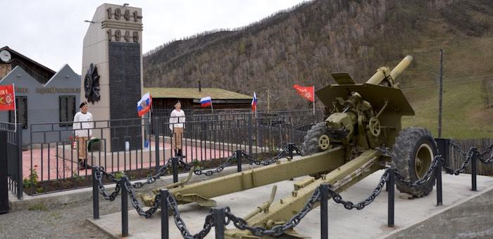 В Ороктое отремонтировали памятник участникам войны