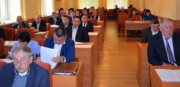 Депутаты горсовета позитивно оценили работу мэрии