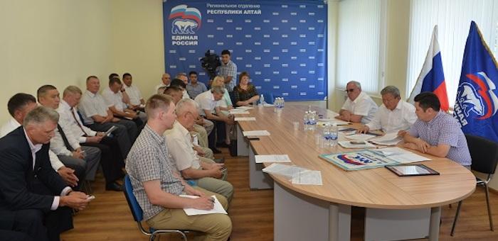 Единороссы планируют выдвинуть на осенних выборах 928 кандидатов