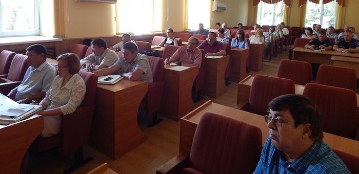Ольга Сафронова провела в мэрии ежемесячную планерку