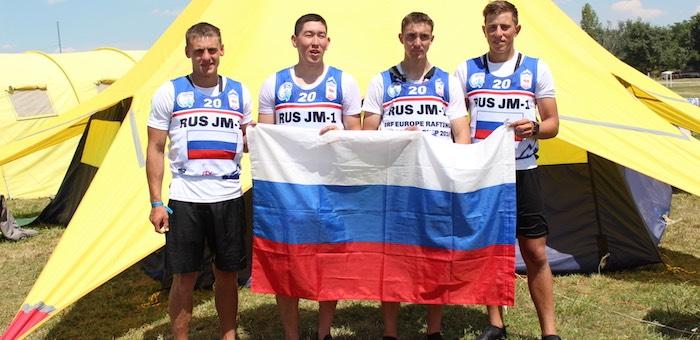 Два золота на чемпионате и первенстве Европы по рафтингу завоевала юниорская сборная ГАГУ