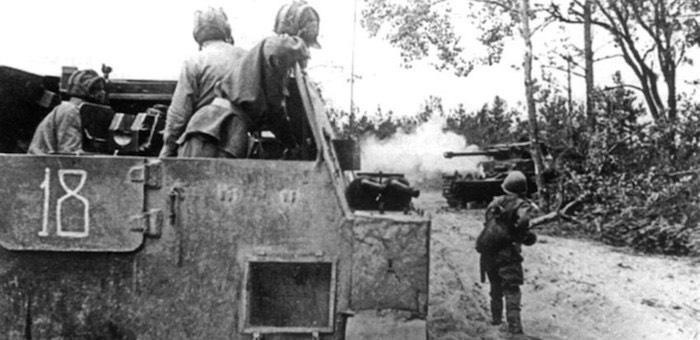 Разведчик Ялбаков обеспечил успех при прорыве обороны противника