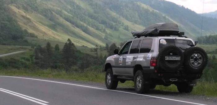 Автопробег «Россия сквозь века» проходит по Республике Алтай