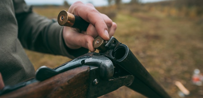 Во время охоты на бобров горожанин застрелил своего знакомого
