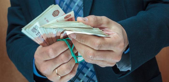Фирму, получавшую заказы за взятки, оштрафовали на полмиллиона