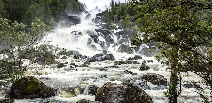 Ученые оценят рекреационное воздействие на маршруте к водопаду Учар