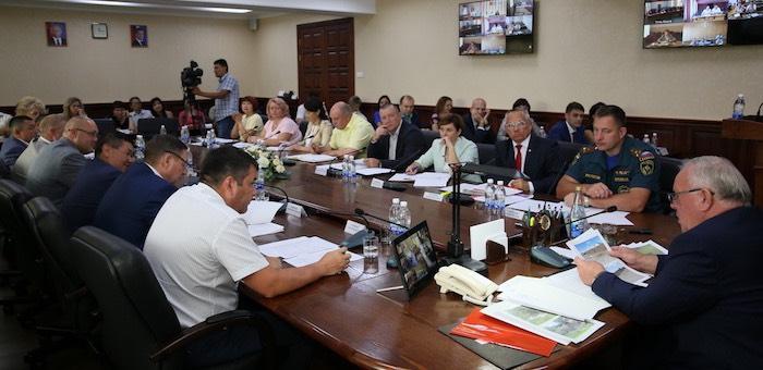 Подготовку к зиме и новому учебному году обсудили в правительстве