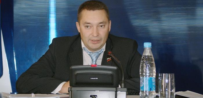 Автомобиль бийского чиновника остановили в Горно-Алтайске, проходить тест на алкоголь он отказался
