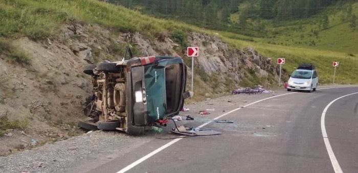 Жизням пострадавших в аварии на Чике-Тамане ничего не угрожает