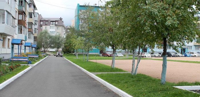 В Горно-Алтайске завершается благоустройство придомовых территорий