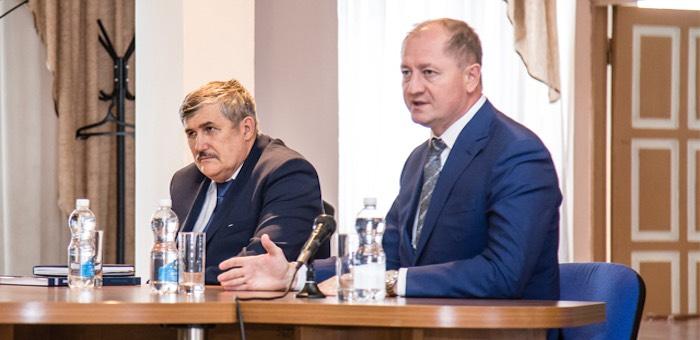 В «Горно-Алтайских электрических сетях» новый руководитель