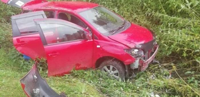 Жительница Барнаула опрокинула автомобиль возле Дубровки и сбежала с места аварии