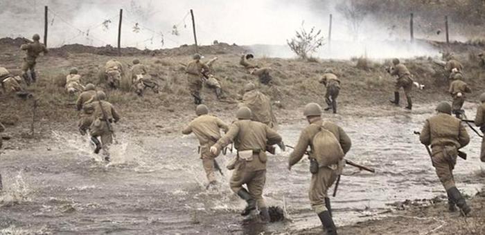 Уничтожил станковый пулемет противника и дал возможность пехоте ворваться в село