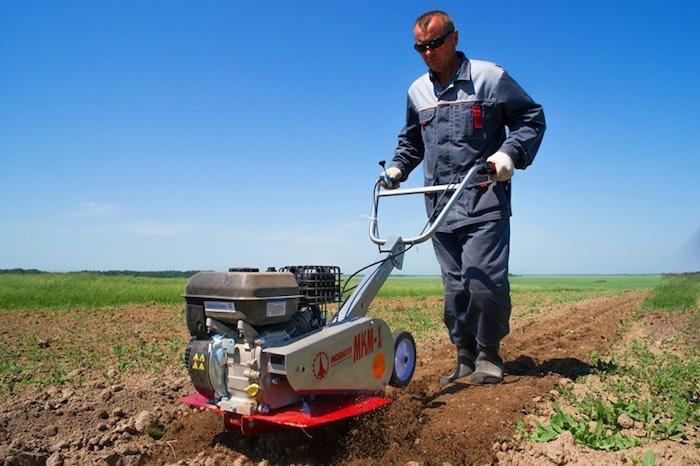 Культиваторы для сельскохозяйственных работ: особенности выбора