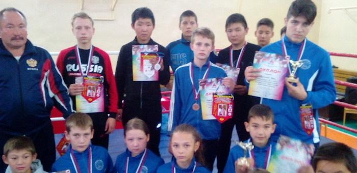 Четыре спортсмена с Горного Алтая завоевали «золото» на турнире по кикбоксингу