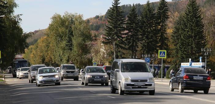 Глава региона извинился перед автолюбителями за использование спецсигналов