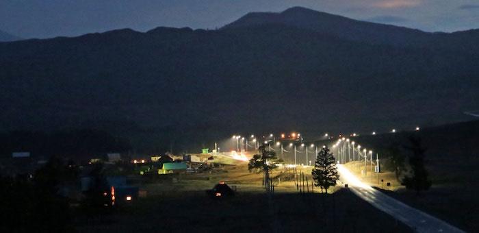 В 14 селах по Чуйскому тракту установили системы «умного освещения»