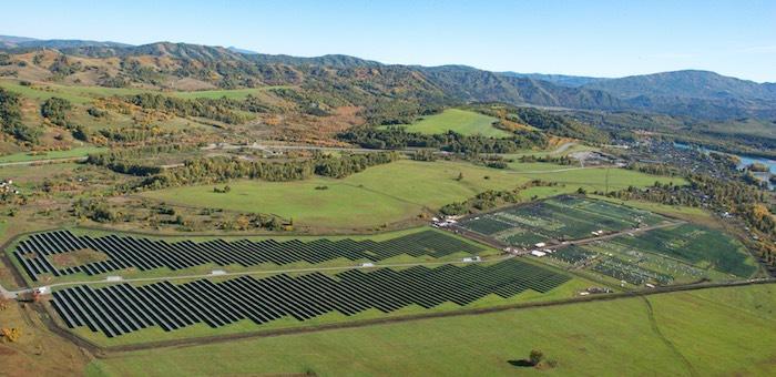 Энергию на солнечных станциях в Горном Алтае будут не только производить, но и накапливать