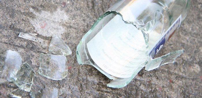 Мужчина ударил сожительницу кастрюлей по голове за разбитую бутылку водки