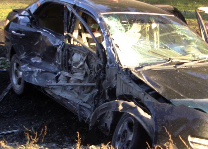 Toyota Corolla столкнулась с «крузером»