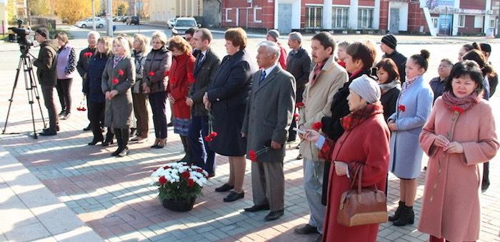 В Горно-Алтайске почтили память жертв политических репрессий