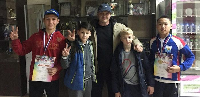 Горно-алтайские спортсмены стали призерами первенства Алтайского края по пауэрлифтингу