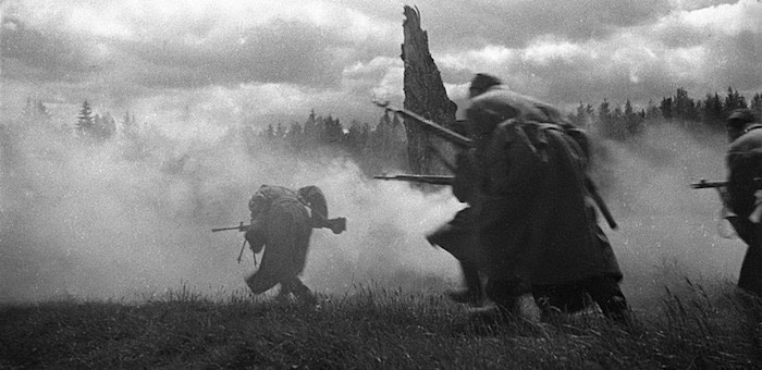 Красноармейцы Ачкасов, Бурчанинов и Кухтуеков мужественно защищали «невский пятачок»