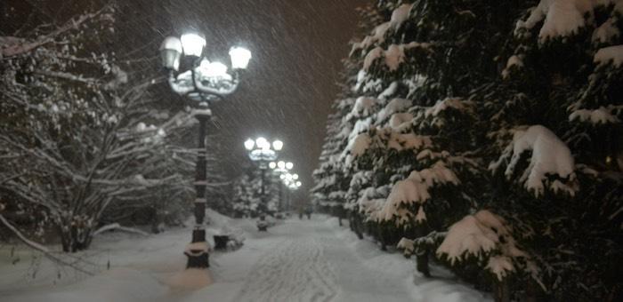Оттепель, а затем обильные снегопады прогнозируют синоптики