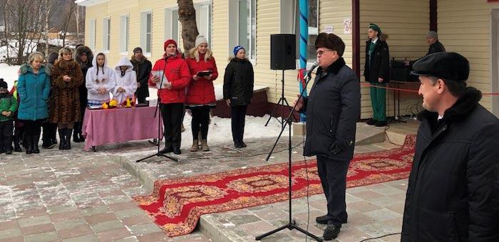 Александр Бердников открыл в Чойском районе несколько социальных объектов