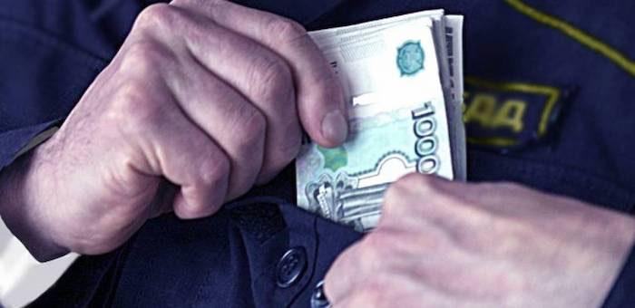 Сотрудник ГИБДД осужден за попытку смошенничать с экзаменом на права