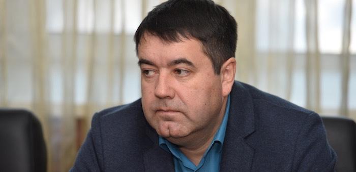 Депутаты единогласно избрали Романа Птицына главой Майминского района