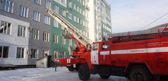 Пожарно-тактические учения прошли в республиканской больнице